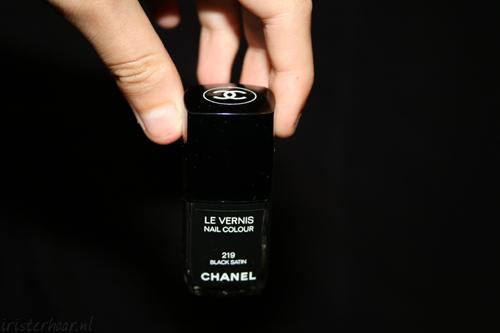 Chanel & Nagelbijtnagels