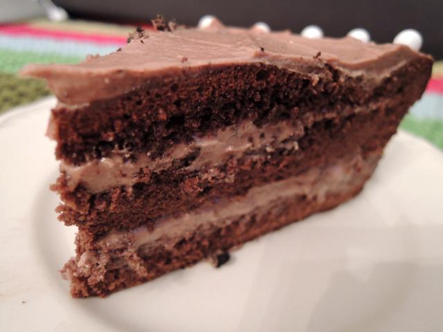 Puntje chocoladetaart met laagjes