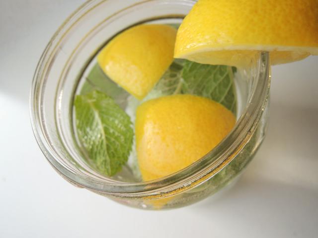 water-met-citroen-en-munt2