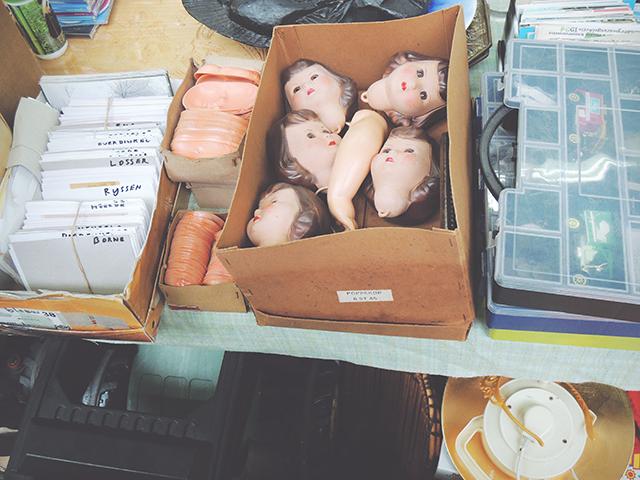 rommelmarkt poppenhoofden