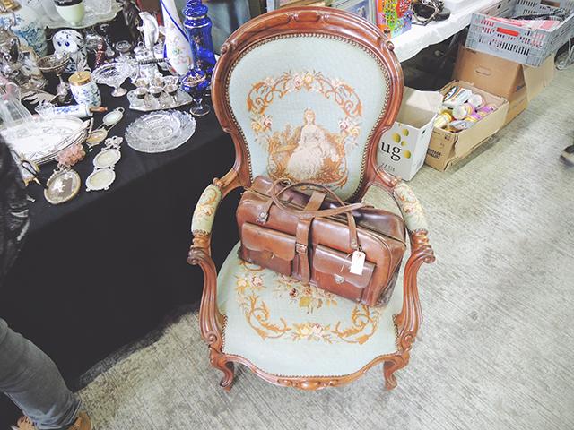 rommelmarkt stoel