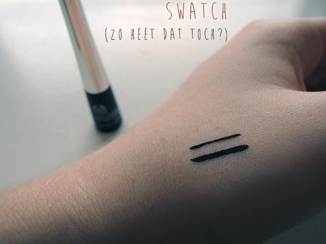 eyeliner swatch