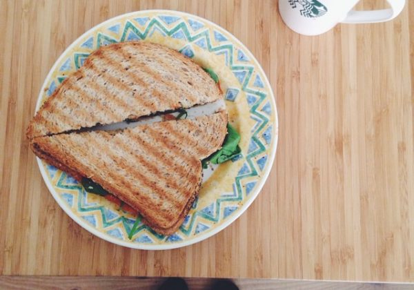 vegan tosti zonder kaas