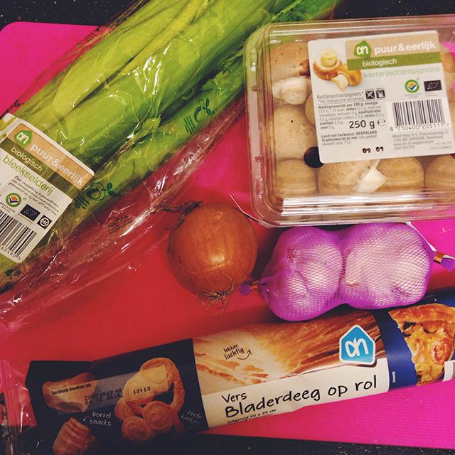ingredienten vegetarische saucijzenbroodjes