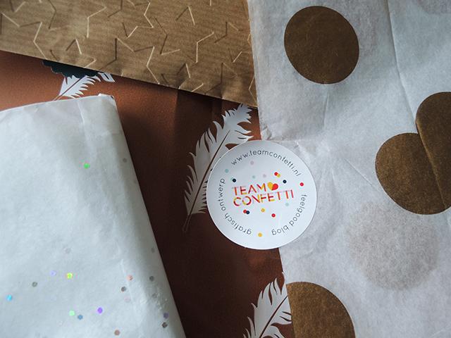 team confetti feel good box papier