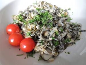 zeewier pasta met room