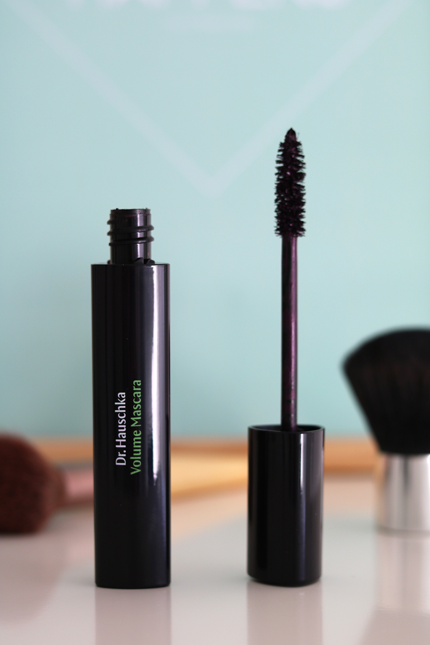 Review: Dr. Hauschka Volume Mascara (Plum)