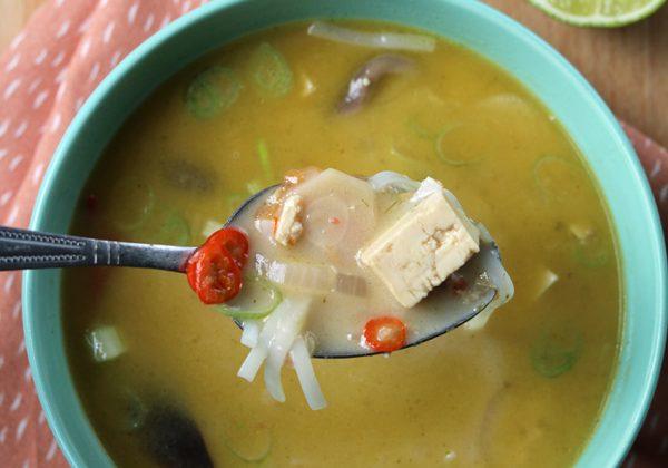 Kokossoep met tofu