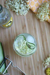 gin-tonic met vlierbloesem