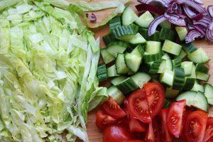 Groente voor in de vegetarische kapsalon