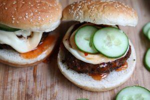 Groenteburgers test: HAK Hollandse bonenburger