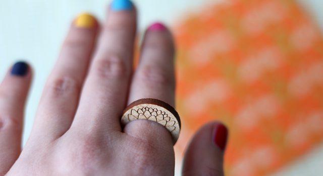 houten ring uit de zero waste geschenkdoos